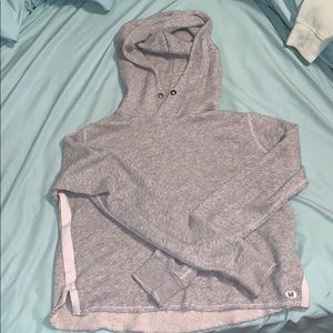 Abercrombie and Fitch gray cropped hoodie